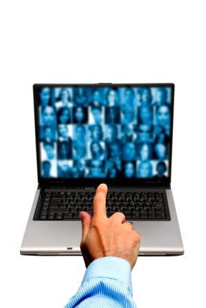 Naar aanleiding van de round table van twee weken geleden werd ik getriggerd door een vraag of organisaties vandaag de dag richtlijnen voor social media gebruik nodig hebben? En dan […]